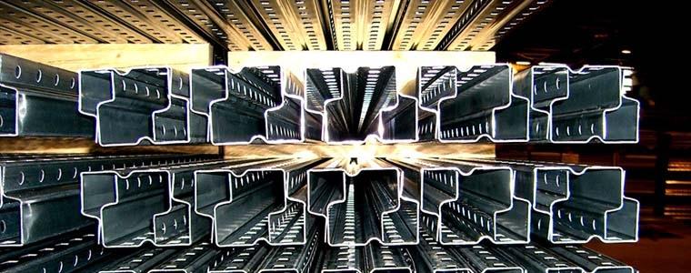 Eisenwaren/Metalle